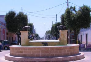 Racale - Fontana in Piazza San Sebastiano
